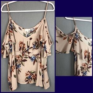 NWT 14th & Union flutter sleeve cold shoulder cami